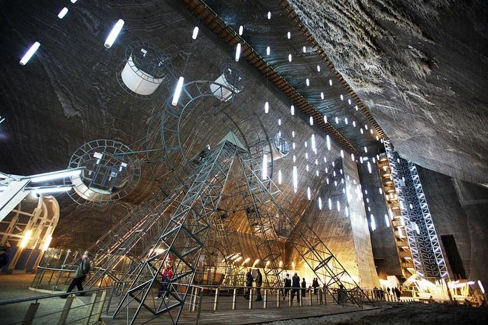 соляная шахта Салина Турда румыния 8 (700x466, 333Kb)