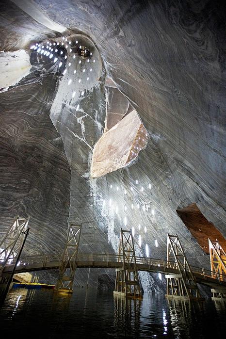 соляная шахта Салина Турда румыния 12 (466x700, 301Kb)