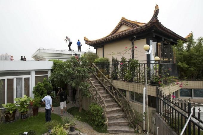 храм на крыше китай фото 3 (680x453, 172Kb)