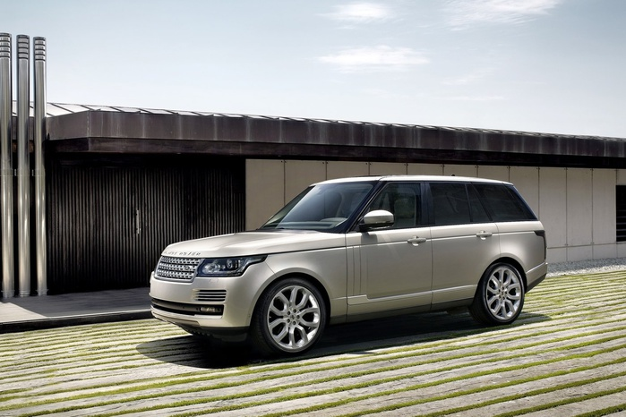 201208150716_land_rover_range_rover_side_front_view_2_no_copyright (700x466, 118Kb)