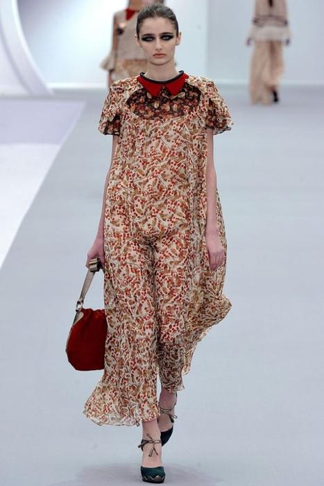 moda-osen-zima-2011-2012-just-cavalli-41-588x881 (467x700, 184Kb)