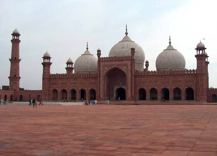 Pakistan-badshahi-mosque (700x505, 198Kb)