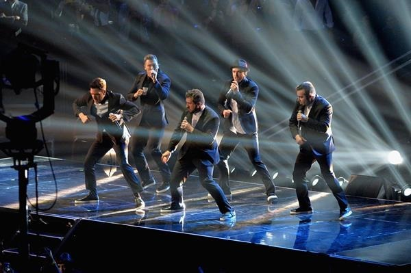 Группа 'N Sync воссоединилась на церемонии MTV Video Music Awards 2013