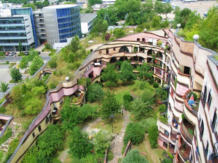 1-необычный дом Лесная спираль в Германии (700x524, 230Kb)