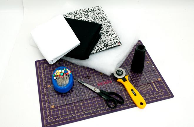 Детское одеяло в технике пэчворк с аппликацией пингвина (1) (660x434, 446Kb)
