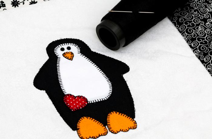 Детское одеяло в технике пэчворк с аппликацией пингвина (6) (700x459, 380Kb)