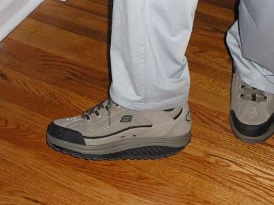 Пора мне подумать о легкой обуви.