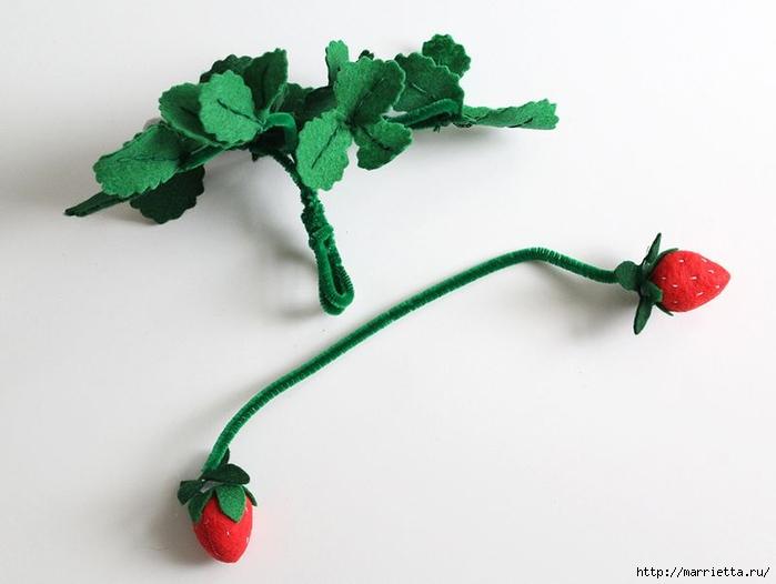 Фетровая грядка с ягодами и овощами (3) (700x526, 134Kb)
