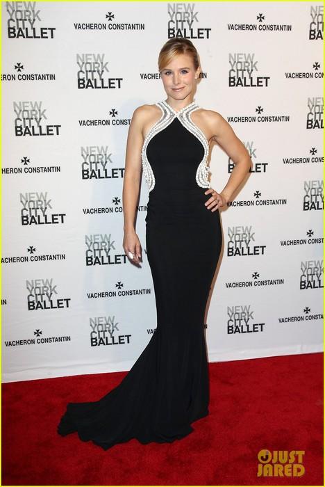 kristen-bell-is-belle-of-the-new-york-city-ballet-spring-gala-2014-15 (468x700, 81Kb)