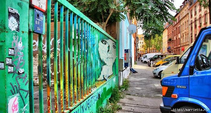 Граффити и Street Art. Самые красивые лестницы и ограды (19) (700x374, 323Kb)
