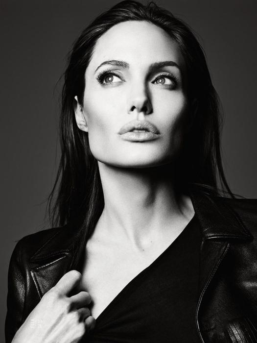 Анджелина Джоли фото 10 (525x700, 165Kb)