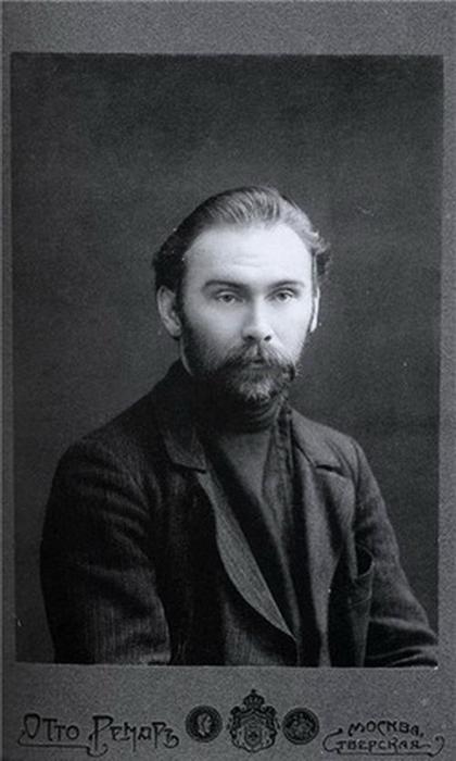 http://img0.liveinternet.ru/images/attach/b/4/112/978/112978590_Nikolay_Klyuev__1884__1937_.jpg