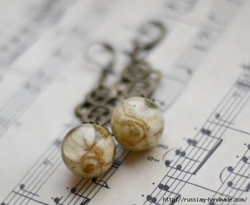 Украшения из эпоксидной смолы. Кольцо и сережки с розочками (17) (499x408, 87Kb)