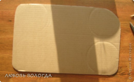 Плетение из газет. Мастер-класс на крышку с цветным узором из трубочек (3) (520x321, 83Kb)
