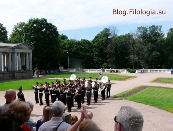 Духовой оркестр играет в Архангельском/3241858_arch01 (600x455, 111Kb)