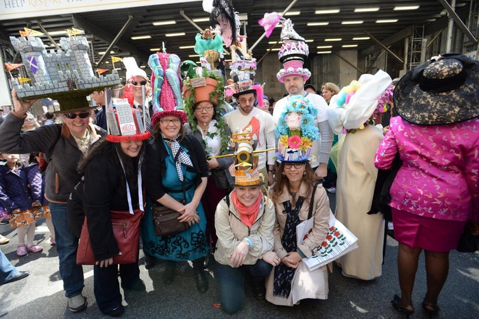 парад шляп в нью-йорке (700x466, 408Kb)