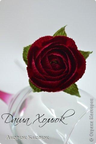 Свит-дизайн. Розы из гофрированной бумаги (8) (320x480, 76Kb)