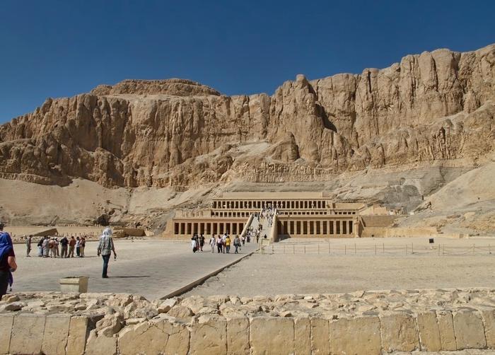 Храм царицы Хатшесуп египет фото 2 (700x502, 267Kb)