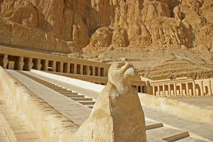 Храм царицы Хатшесуп египет фото 4 (700x466, 269Kb)