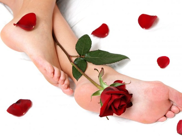 2971058_lovely_feet (640x480, 56Kb)