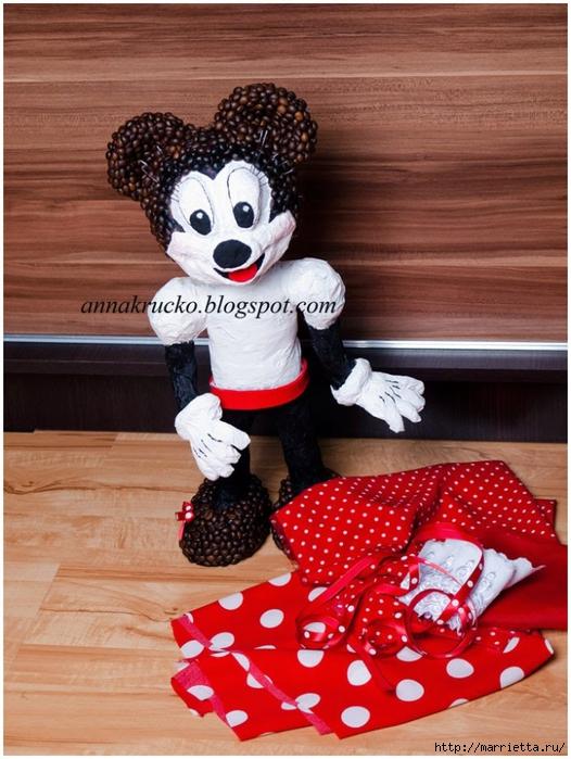 Minnie Mouse hecha de papel maché y granos de café.  Clase magistral (19) (526x700, 295KB)