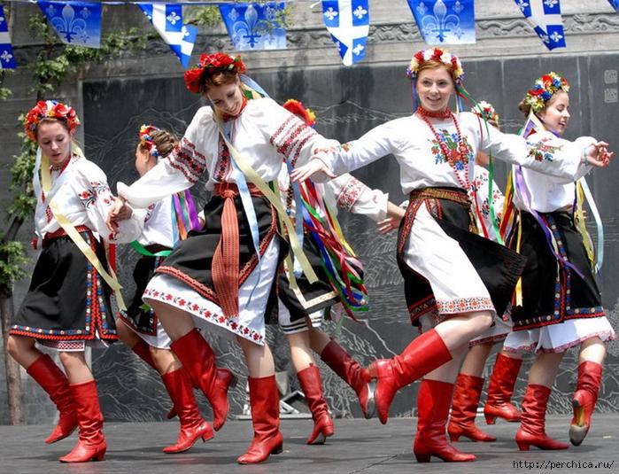ukrainskie-kostyumyi-foto-7 (700x535, 385Kb)