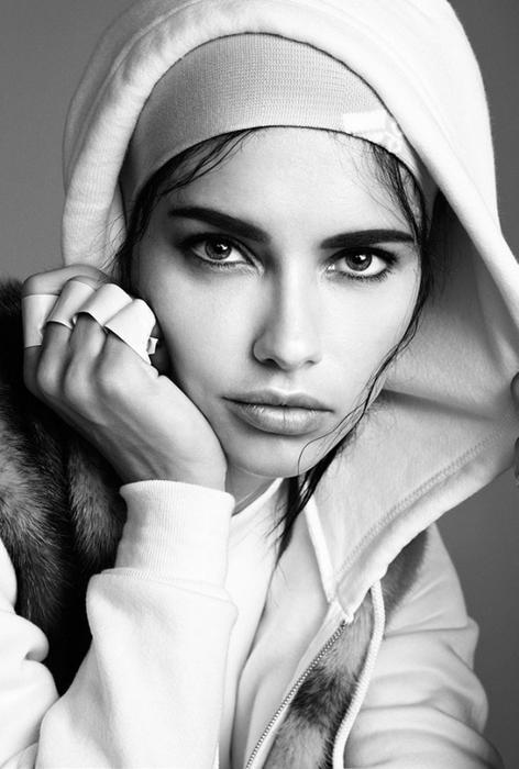 Adriana Lima фото 10 (472x700, 180Kb)