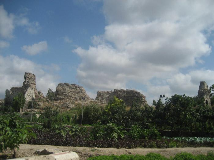 Стены Константинополя 07 (700x525, 264Kb)