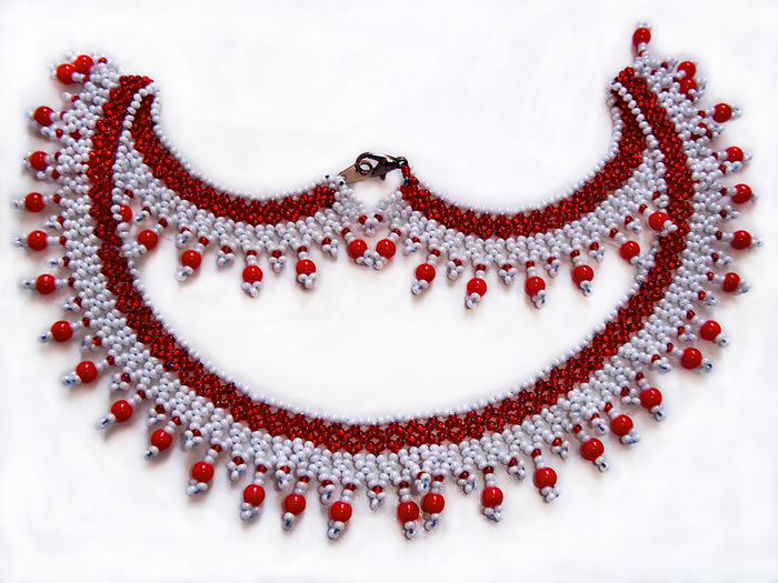 free-beading-pattern-necklace-tutorial-11 (700x525, 357Kb)