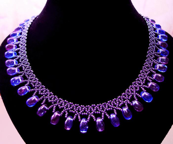 free-beading-pattern-necklace-tutorial-1 (700x584, 196Kb)