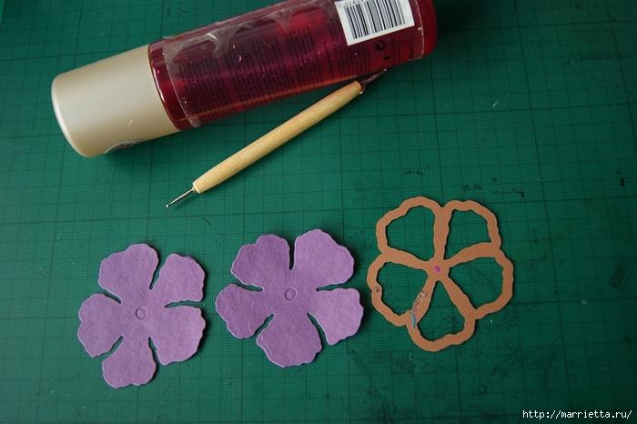 Бумагопластика. Цветочки в торфяных горшочках (54) (700x466, 245Kb)
