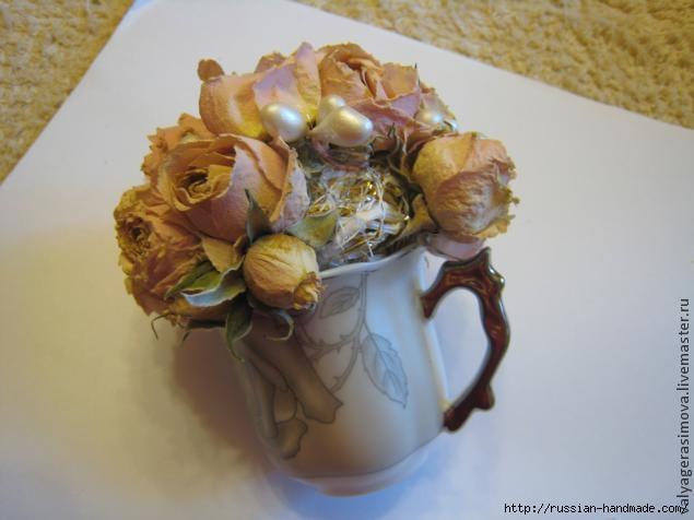 Сувенир ручной работы - БУКЕТИК РОЗ в кофейной чашке (12) (635x476, 105Kb)