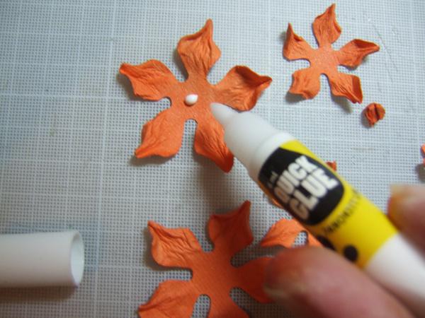 Бумагопластика. Цветы для открыток ручной работы (8) (600x450, 239Kb)