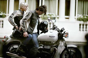 http://img0.liveinternet.ru/images/attach/b/4/113/898/113898536_zhenskoe_schaste_motocikl.jpg