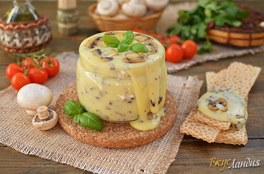 Домашний плавленый сыр из творога с грибами рецепт