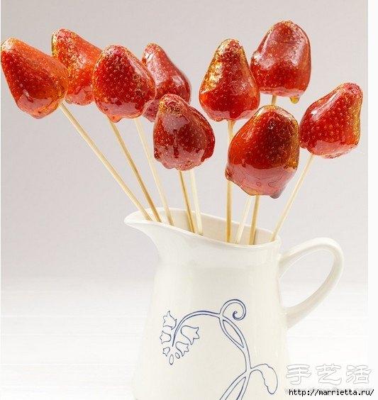 цукаты и розы из  клубники (3) (533x564, 142Kb)