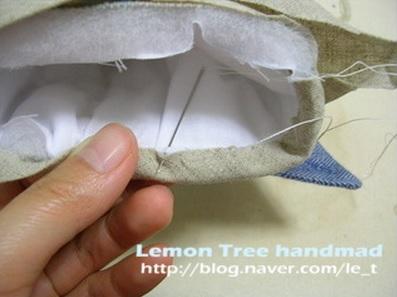 Шьем тапочки и прихватки из джинсовой рубашки (13) (397x297, 88Kb)