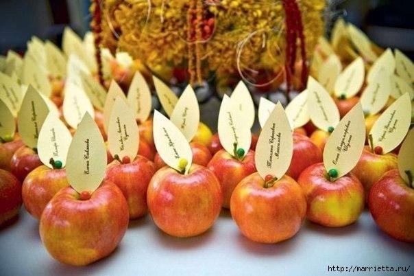 Яблоки в декоре стола