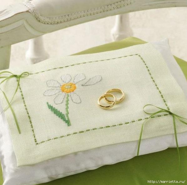 вышивка для свадебной подушки для колец (2) (597x592, 188Kb)