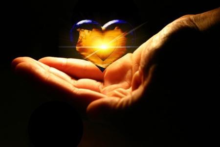 heart20hand (450x300, 75Kb)