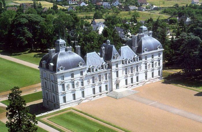 Замок Шеверни