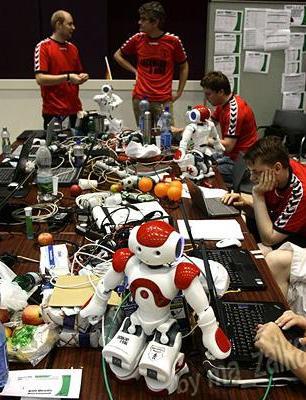 Чемпионат мира по футболу среди RoboCup