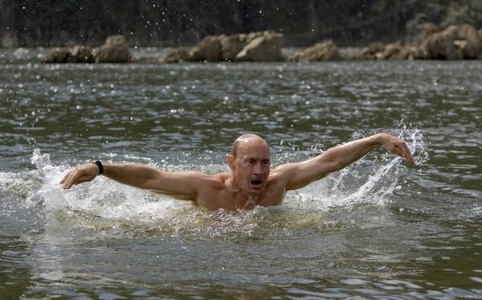 Путин в Тыве, голый Путин
