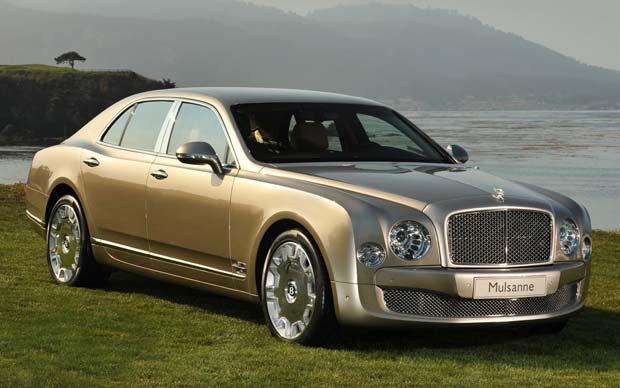 Премьерный показ Bentley MulsannE
