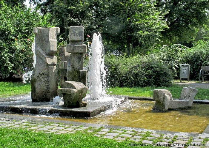 http://img0.liveinternet.ru/images/attach/c/0//47/88/47088696_Annapark_brunnen.jpg