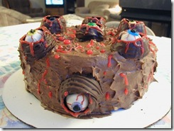weird_and_creepy_cakes_20-600x450