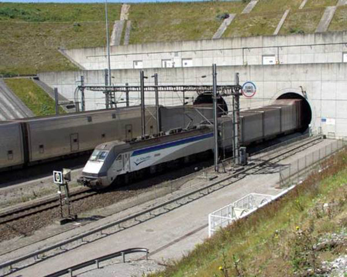 туннеля под Ла-Маншем.