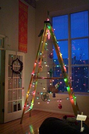 1230198703_creative-christmas-tress-03 (297x450, 30Kb)