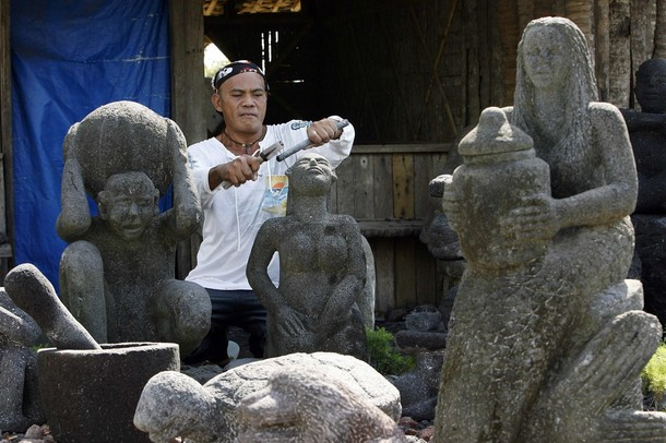 Вулканические скульптуры Ajero Висенте, Филиппины, 26 декабря 2009 года.