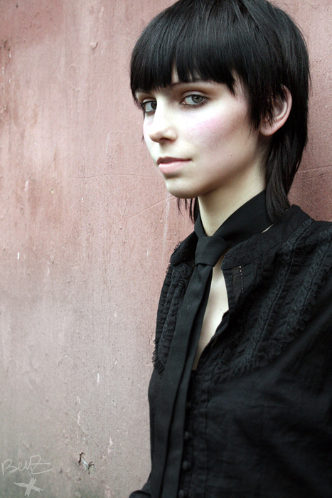 Брюнетки с короткими волосами фото 74-377